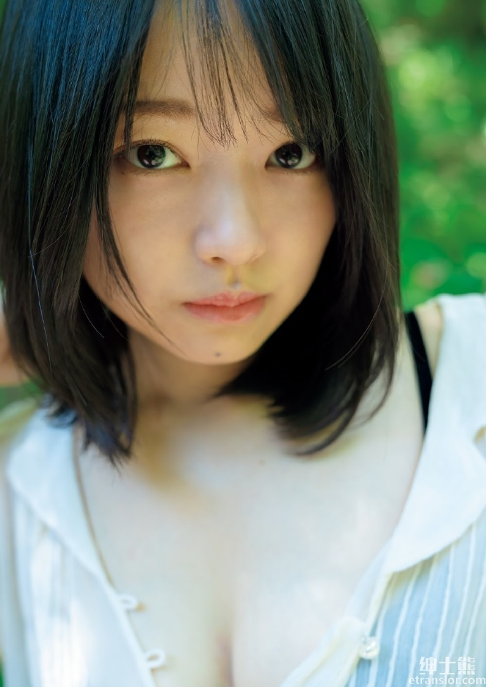 短发可爱小萝莉上田操拍摄新写真 养眼图片 第15张