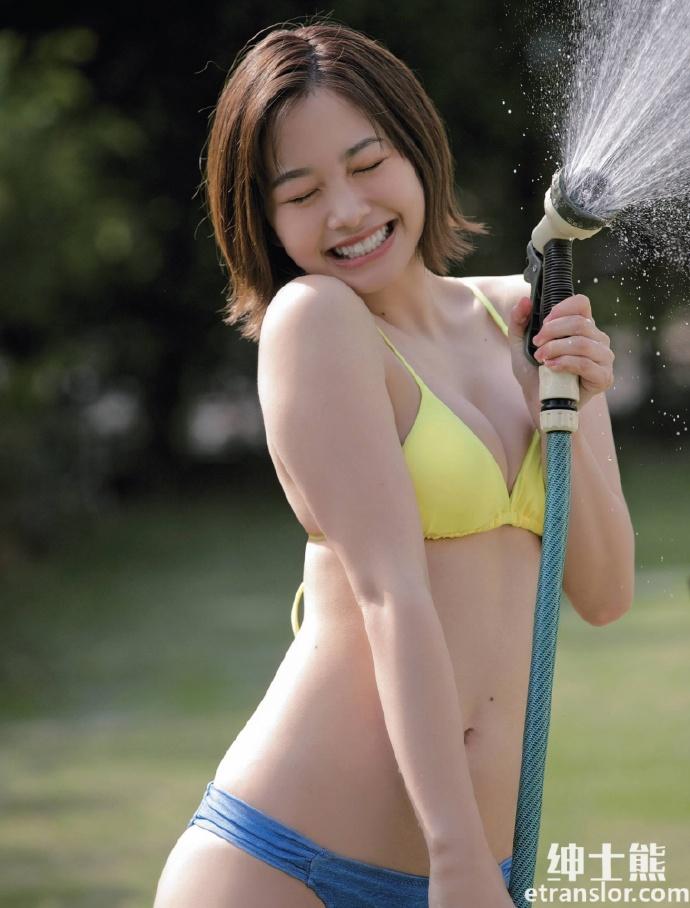 18岁高中生甜心少女新田步凪放开自我写真 网络美女 第8张