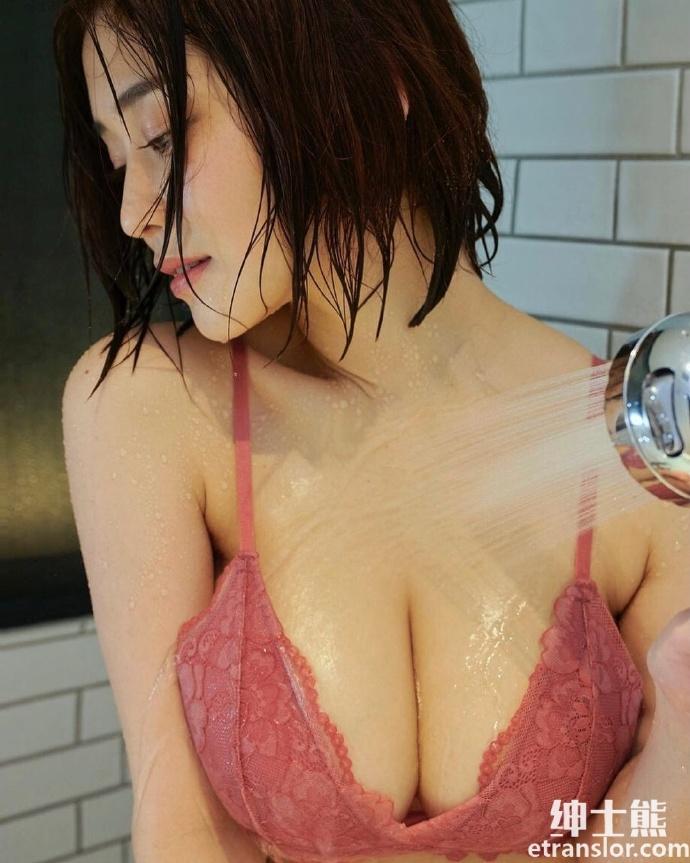 女神高桥凛晒火辣写真散发 30 岁轻熟御姐的诱惑 网络美女 第36张