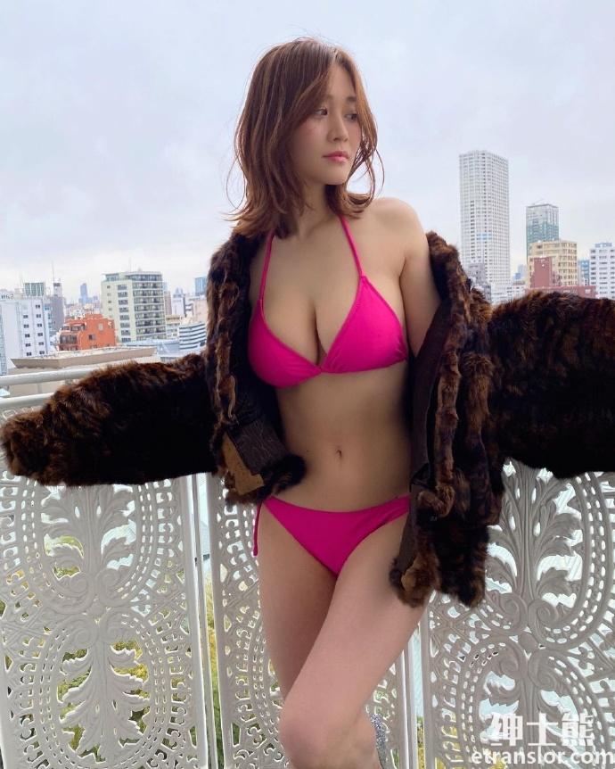 女神高桥凛晒火辣写真散发 30 岁轻熟御姐的诱惑 网络美女 第23张