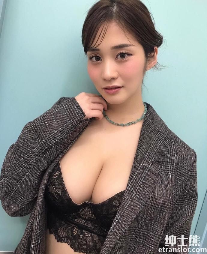 女神高桥凛晒火辣写真散发 30 岁轻熟御姐的诱惑 网络美女 第27张