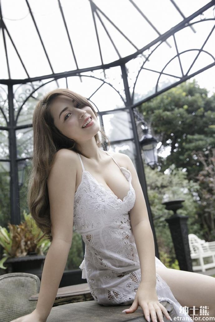 轰动写真界的混血美女ミッシェル爱美发布极致写真 网络美女 第7张