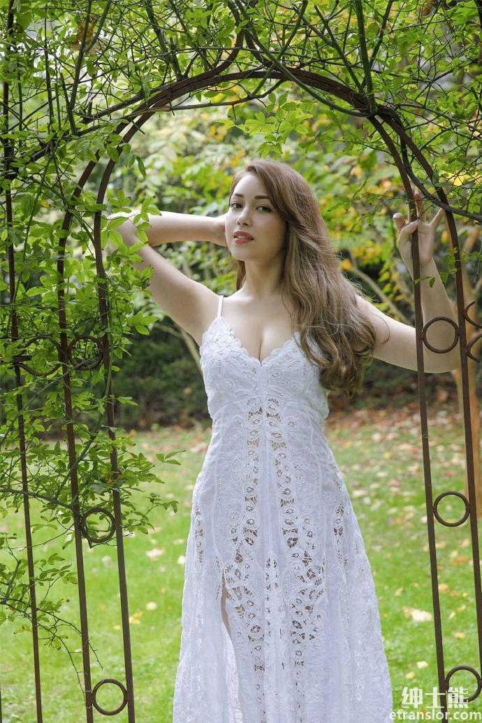 轰动写真界的混血美女ミッシェル爱美发布极致写真 网络美女 第12张