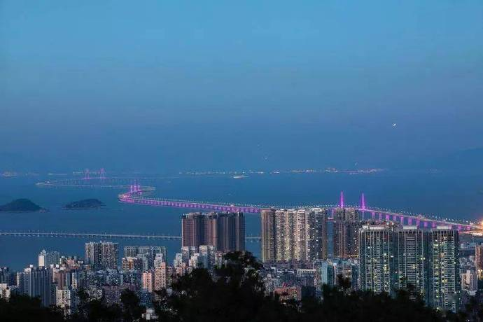 中国最适合谈恋爱的城市,又甜又盐