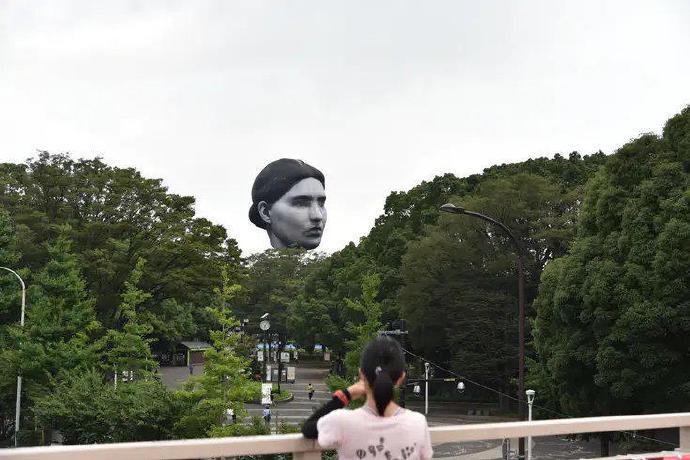日本公园出现了一个巨大的人头造型热气球--『游乐宫』Youlegong.com 第5张