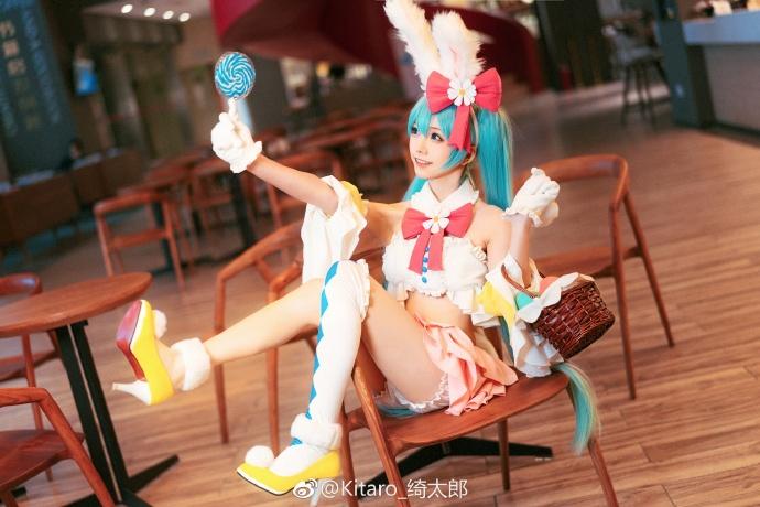 妹子图@Kitaro_绮太郎 她cosplay的碧蓝航线是最逼真的! liuliushe.net六六社 第1张