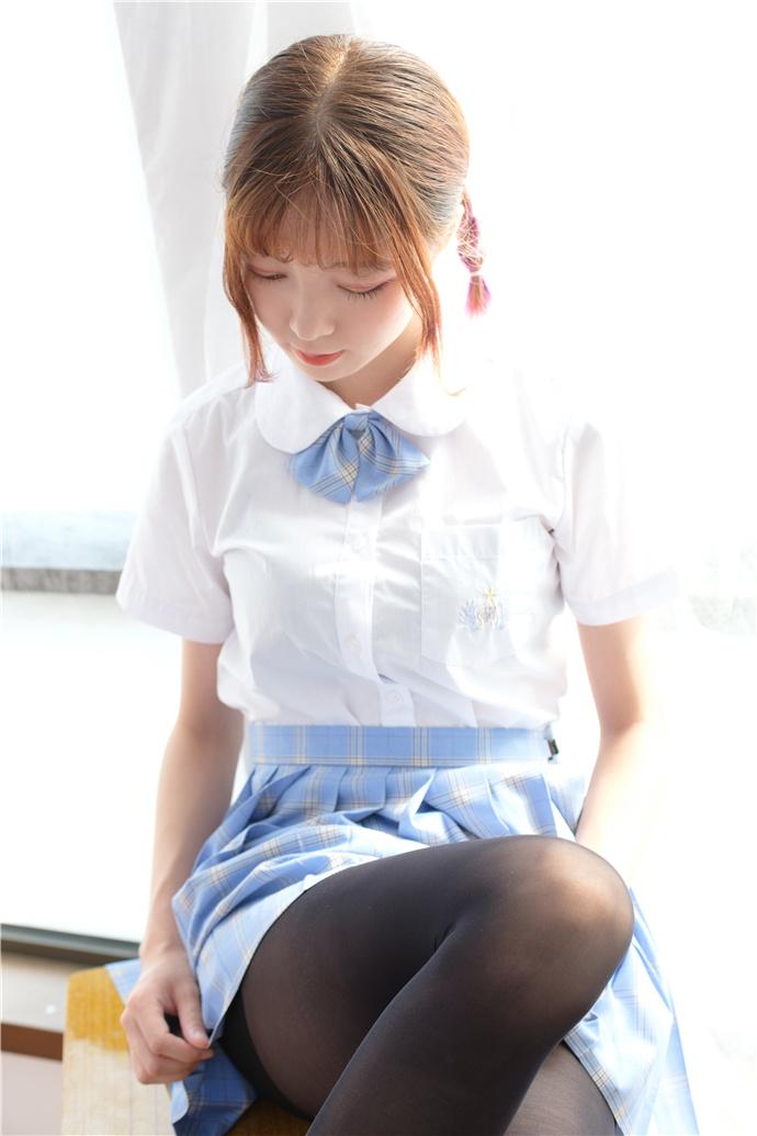 【森罗财团】BETA-027制服学生妹子图 森罗财团