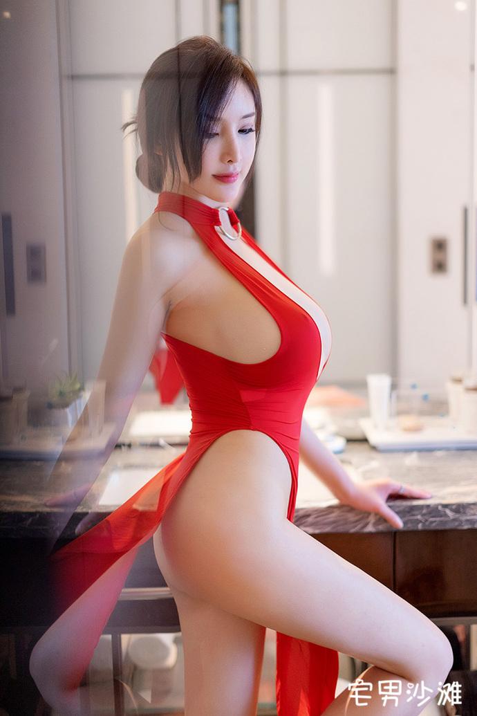 【妹子图】美女模特「周妍希」,肌肤白嫩,傲人欧派的性感模特