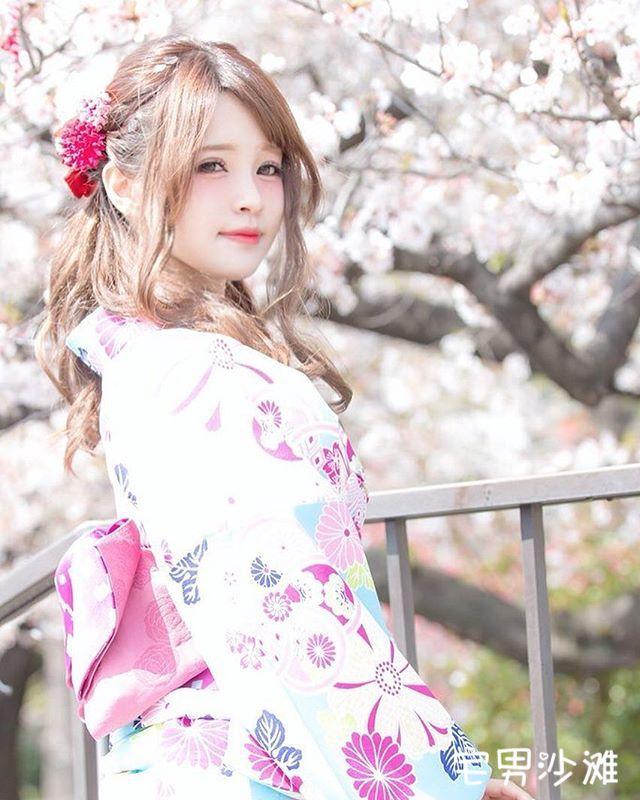 童颜巨乳日本写真模特「かりん様」,肤白貌美电眼美女的极致诱惑