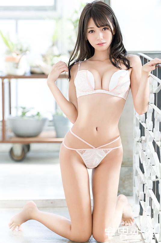 BGN-052:超美新人「野々浦暖(野野浦暖)」,清纯外表下也有一颗躁动的心