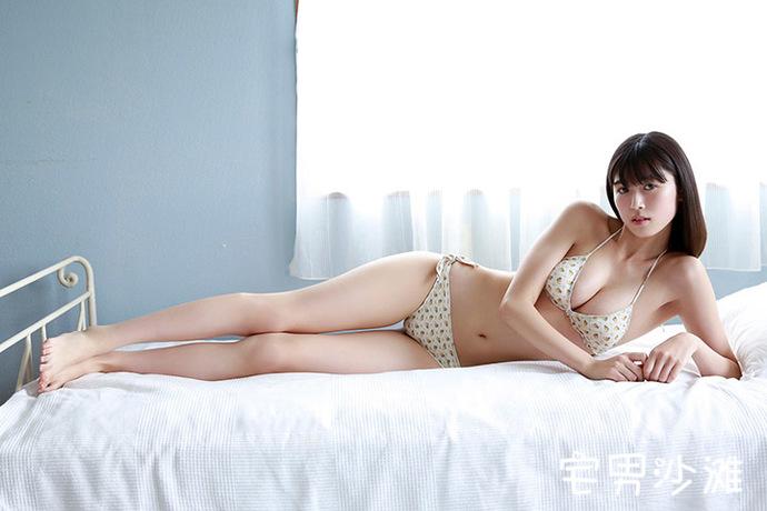 年轻貌美的樱花妹「北向珠夕」,九头身好身材,清纯邻家模样的长腿大只马美女
