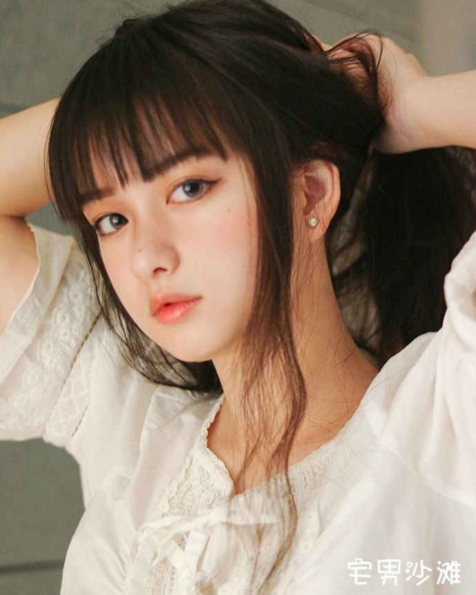 来自上海的清纯美少女「Susan苏」,被天使吻过脸庞的天然美女