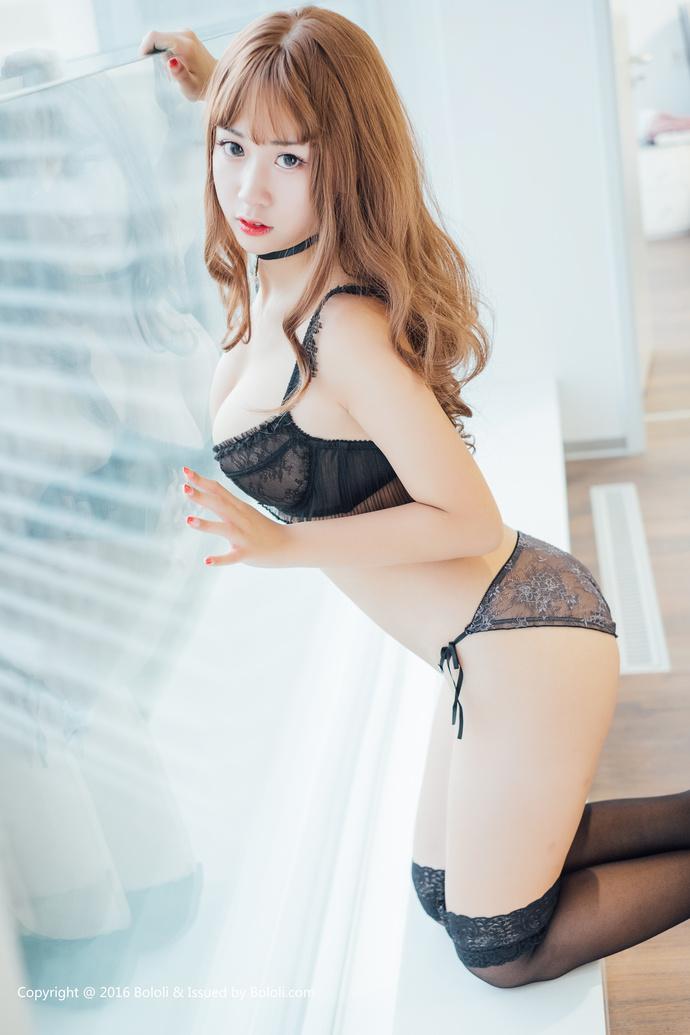 【妹子图】人美声甜话污下乳猫九酱写真