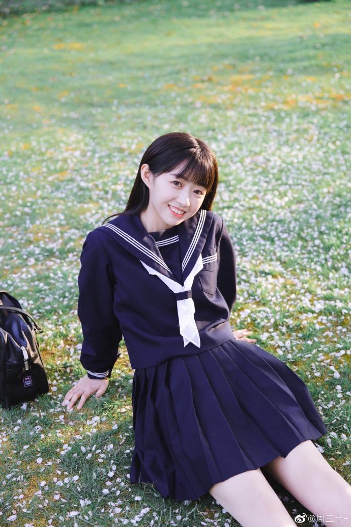 今日妹子图 20200515 可惜这是别人班的女同学 liuliushe.net六六社 第27张