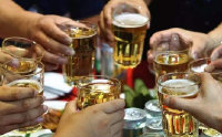 最经典幽默的喝酒顺口溜 喝酒时幽默有气氛的句子