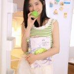 好看的壁纸少女心绿色艺术写真