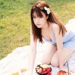 日韩少女大尺度写真图片
