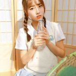日本女生甜美清纯性感写真图片