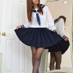 长腿美女学生妹制服翘臀黑丝诱惑写真